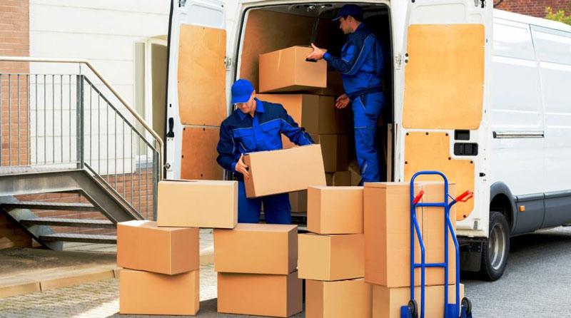 Hàng hóa vận chuyển nhanh chóng