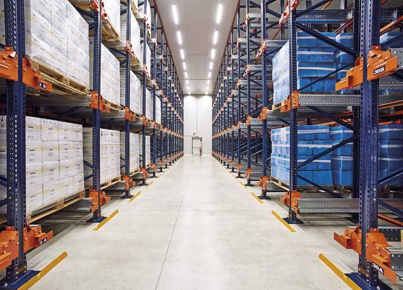 Minimum Order Quantity - Số lượng đặt hàng tối thiểu mà người bán đồng ý sản xuất